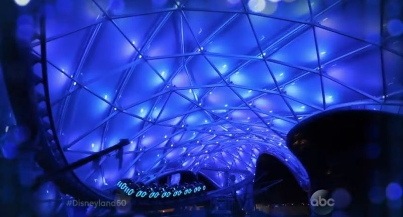 [Shanghai Disneyland] TOMORROWLAND (TRON/Buzz/Jet Packs/Star Wars/Stitch) - Page 2 Captur23