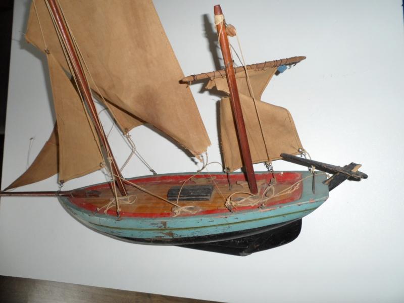 Maquette voilier de bassin 00210
