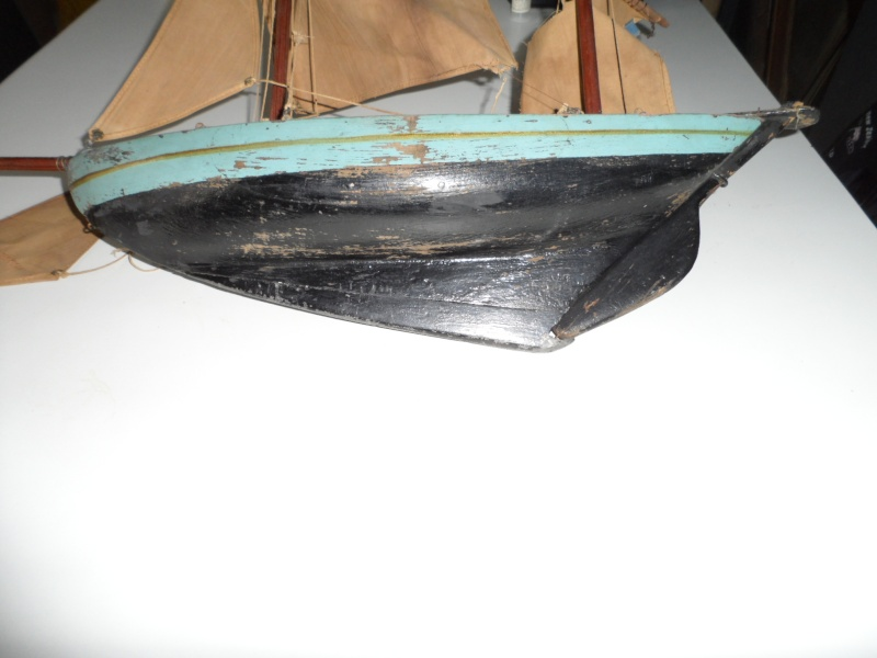 Maquette voilier de bassin 00310