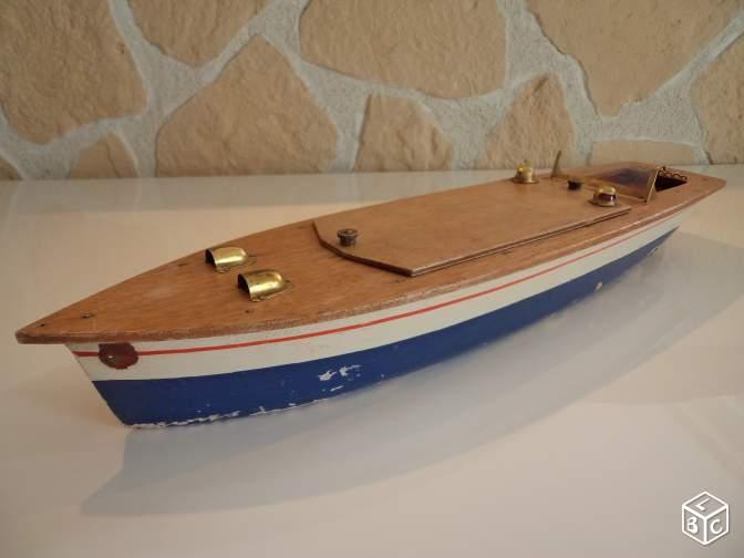 Help: Identification d'un canot de bassin sea gull  7e2b8410