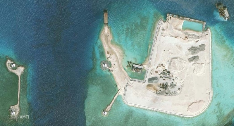 China build artificial islands in South China Sea - Page 5 Meiji_10