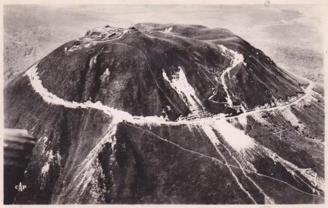 L'Auvergne, le Puy de Dôme, Michelin, l'aviation et l'automobile 151_0010