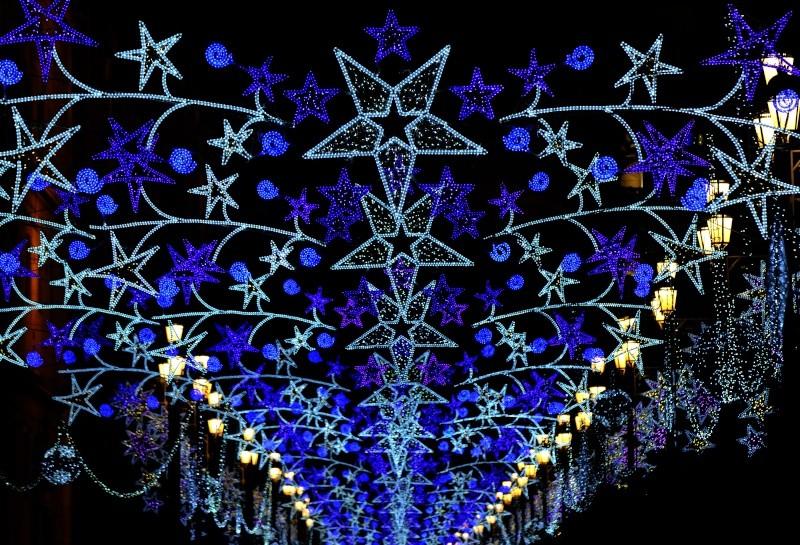 Les illuminations de Noël pour les fêtes 2.015   2.016 ! - Page 6 13537810