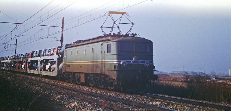 CC 7100 sur la ligne entre Remoulins et Avignon Cc-71013
