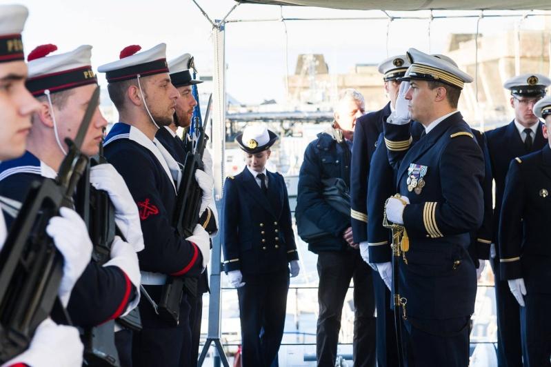 Les actualités de la Marine Française - Page 35 1611