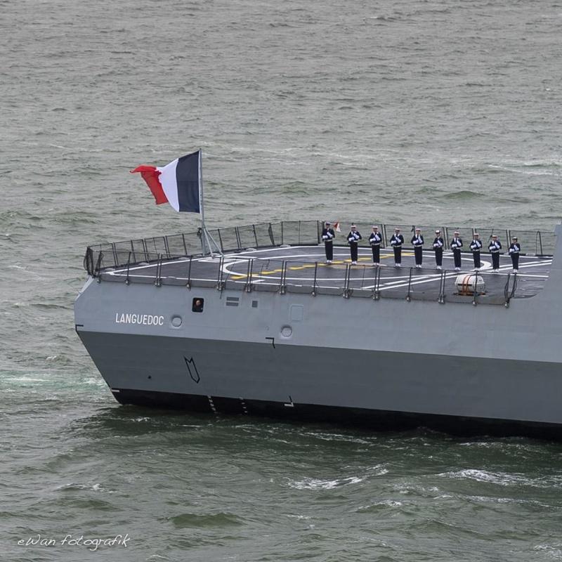 Les actualités de la Marine Française - Page 35 458