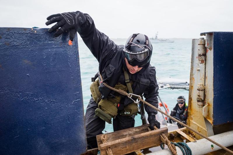 Les actualités de la Marine Française - Page 34 911