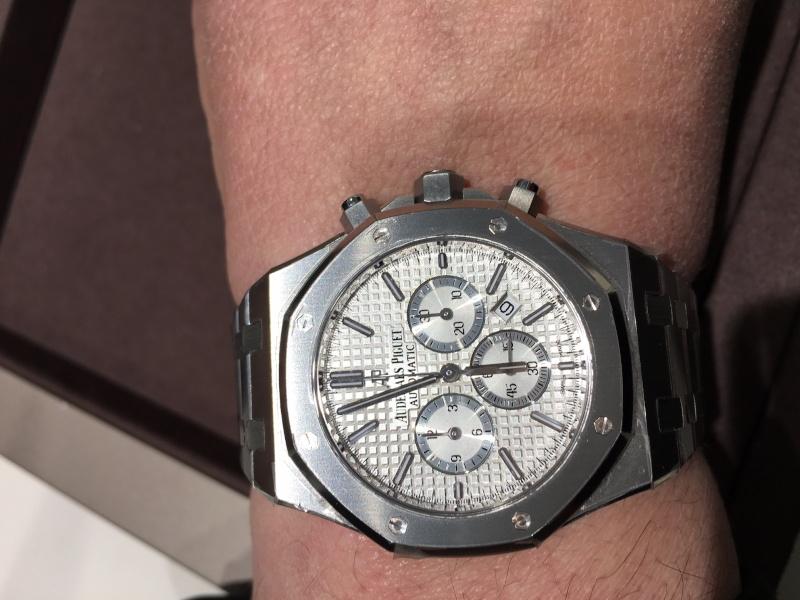 vacheron - Rolex 116518 ou Vacheron  overseas chronographe 49150 ? Image13