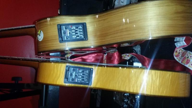 Débutante Guitar10