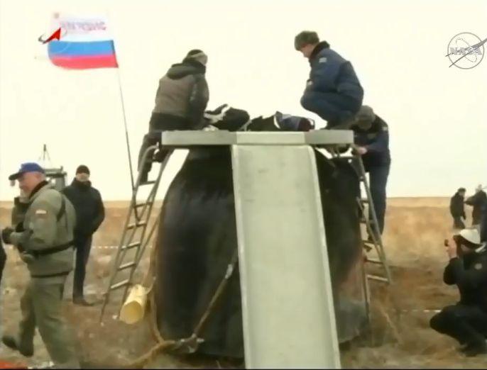 Lancement et retour sur terre de Soyouz TMA-18M  - Page 10 Soyuz-29
