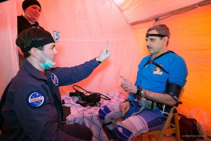 Lancement et retour sur terre de Soyouz TMA-18M  - Page 11 Soyuz-39