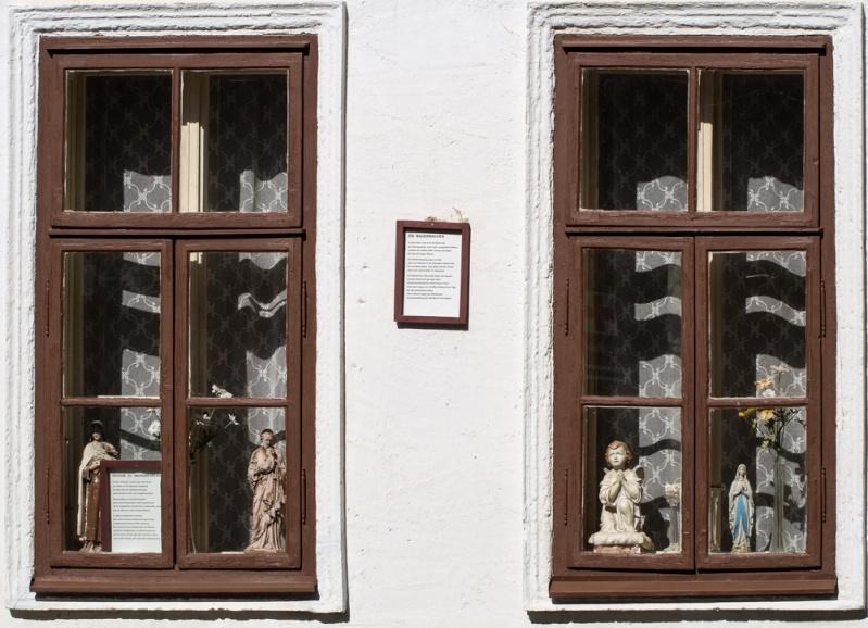 Des fenêtres d'hier et d'aujourd'hui. - Page 37 1c774610