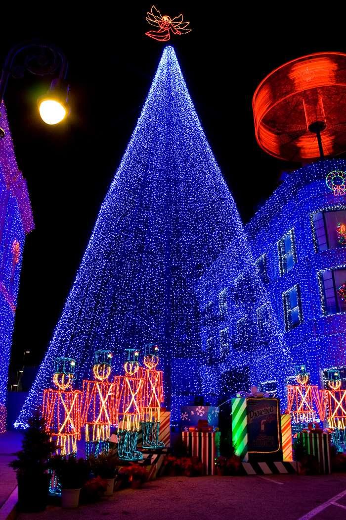 Les illuminations de Noël pour les fêtes 2.015   2.016 ! - Page 6 5f82ba10