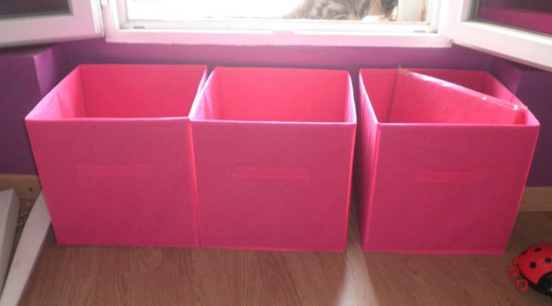 Les boites dans la maison . - Page 20 Boites10