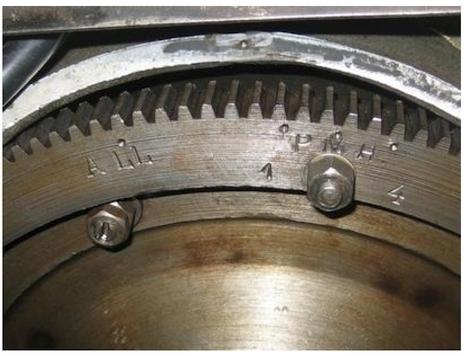 Reperes PMH sur volant moteur Comp_311