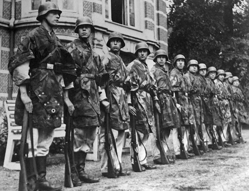 L'influence du camouflage allemand ww2, de nos jours. - Page 7 112