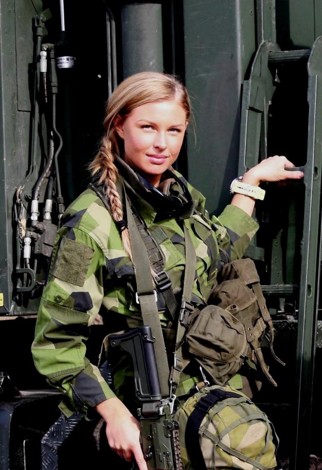 L'influence du camouflage allemand ww2, de nos jours. - Page 6 249610