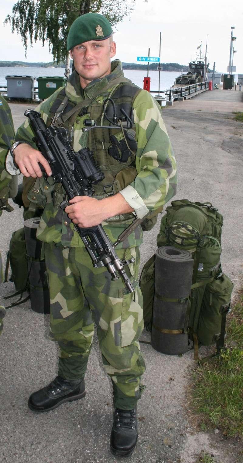 L'influence du camouflage allemand ww2, de nos jours. - Page 6 Soldie10