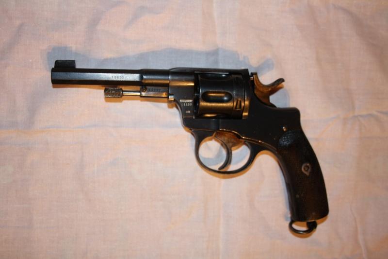 Revolvers Suisses 1882 et 82/29 et autres Nagant ou Husqvarna, tous en calibre 7,5 mm - Page 2 Photo_10