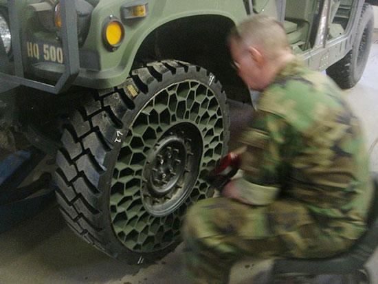Technologie : le pneu increvable, c'est pour demain  Att00011