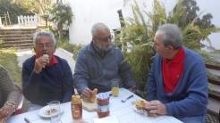 CPM - Quand la convivialité et l'amitié se concrétisent autour d'une table... Dscn4930
