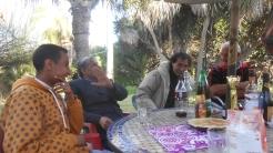 CPM - Quand la convivialité et l'amitié se concrétisent autour d'une table... Dscn4931