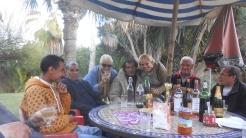 CPM - Quand la convivialité et l'amitié se concrétisent autour d'une table... Dscn4942