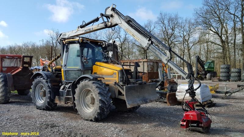 Tracteurs Fastrac - Matériels JCB Smart135