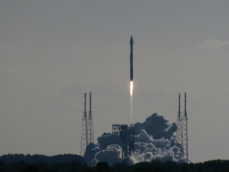 Un Jeunes Ailes au lancement d'une fusée P2050013
