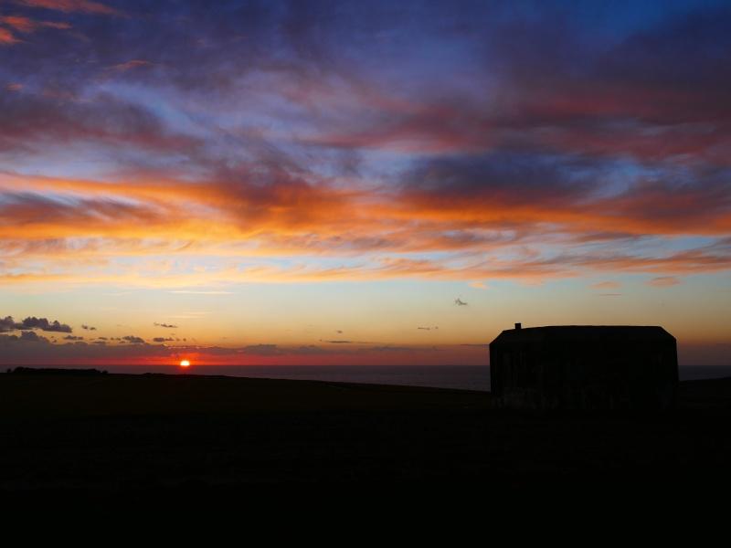 coucher de soleil sur le mur de l'atlantique P1050111
