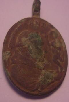 Médaille Avers : Saint Antoine de Padoue Revers : Saint Laurent Justinien Red_me11