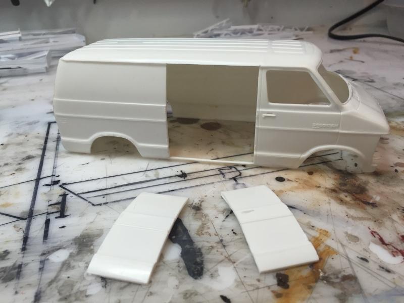Van Dodge converti en camion-nacelle Img_3618