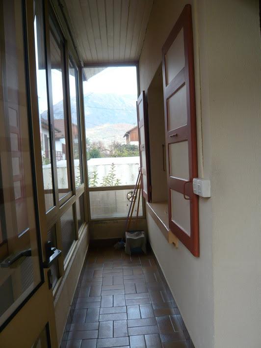 Notre sas vitré... MAJ 10/08 nos achats déco p.3 Vyrand10