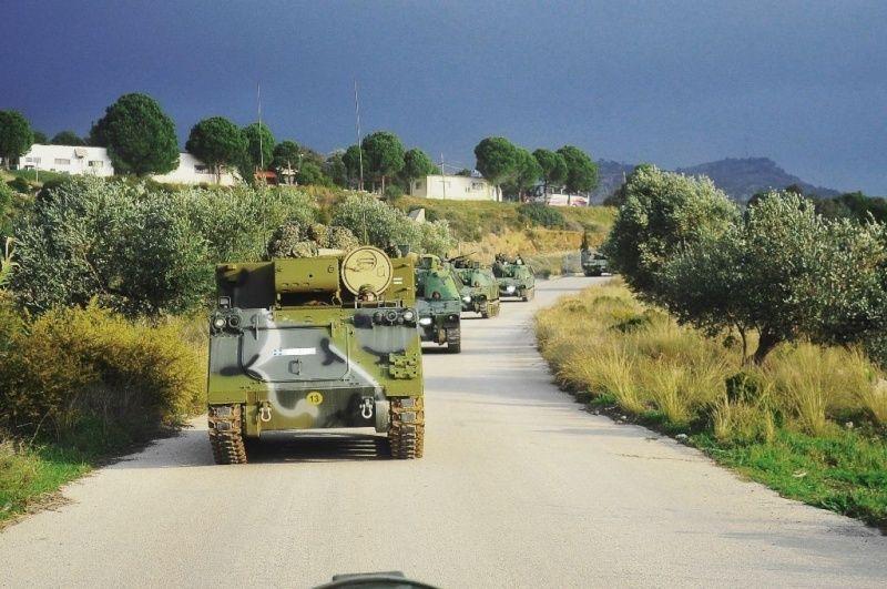 Forces armées grecques/Hellenic Armed Forces - Page 26 0b210