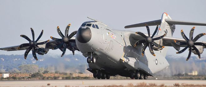 Airbus A400M - Page 15 1412