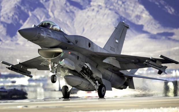 F-16 around the world - Page 32 2046