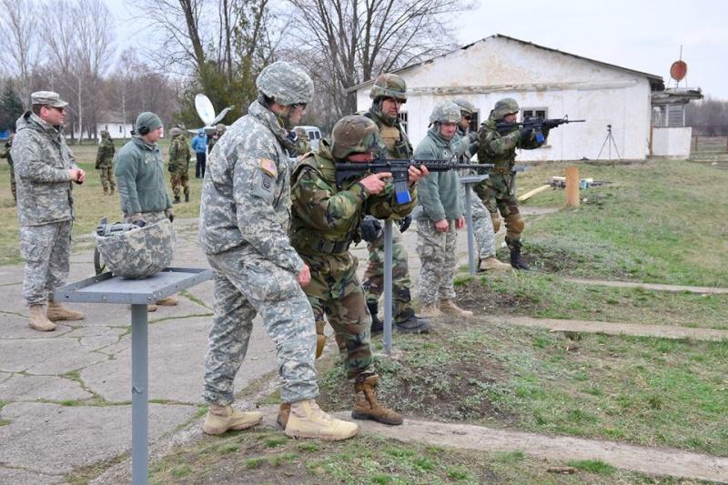 Forces armées moldaves - Page 2 2219