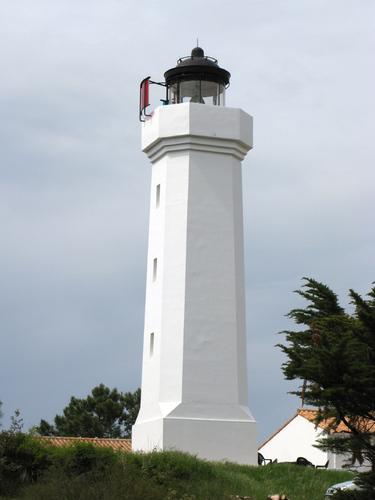 les phares en mer et à terre (1) - Page 64 18330110
