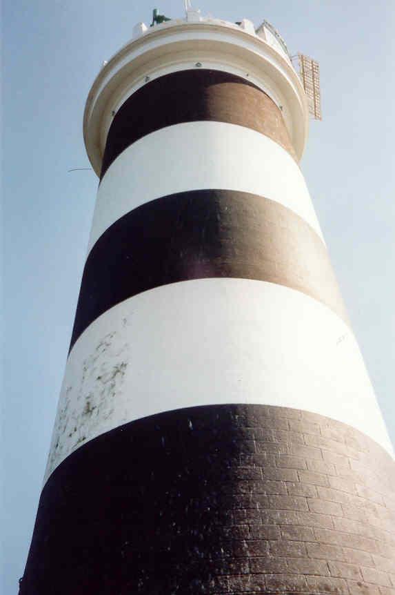 les phares en mer et à terre (1) - Page 62 La_ban10