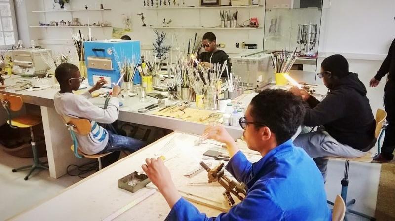 Stages pour apprendre la verrerie sculptée au chalumeau Aeva_c10