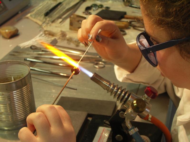 Stages pour apprendre la verrerie sculptée au chalumeau Pict0023