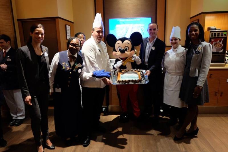 Disney's Newport Bay Club® - Pagina 53 12814011