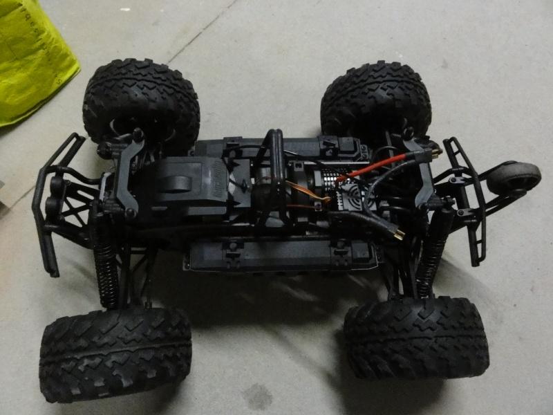 [Hervé_01] *6x6x2* nom de code [H-06] chassis pro-savage - Page 2 Dsc06319