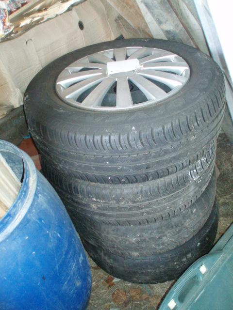 jantes tôles et pneus S4 ( vendues ) P1016816