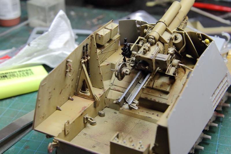 Sd.Kfz. 165 Hummel (1/35° Dragon + amélioration) [montage en cours] 25001111