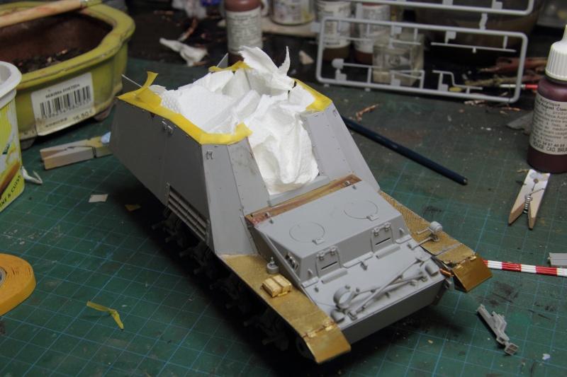 Sd.Kfz. 165 Hummel (1/35° Dragon + amélioration) [montage en cours] - Page 2 64014_10