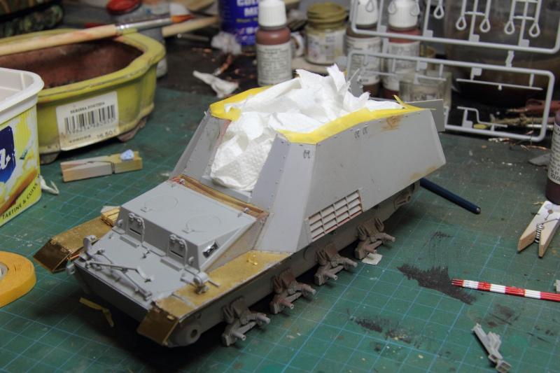 Sd.Kfz. 165 Hummel (1/35° Dragon + amélioration) [montage en cours] - Page 2 80014_10