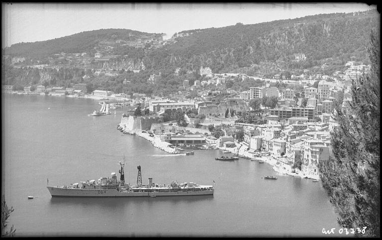 VILLEFRANCHE sur MER Patrimoine historique et  maritime - Page 2 1960_s10