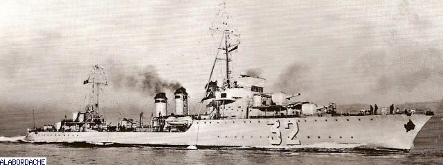 Les torpilleurs français Trombe13