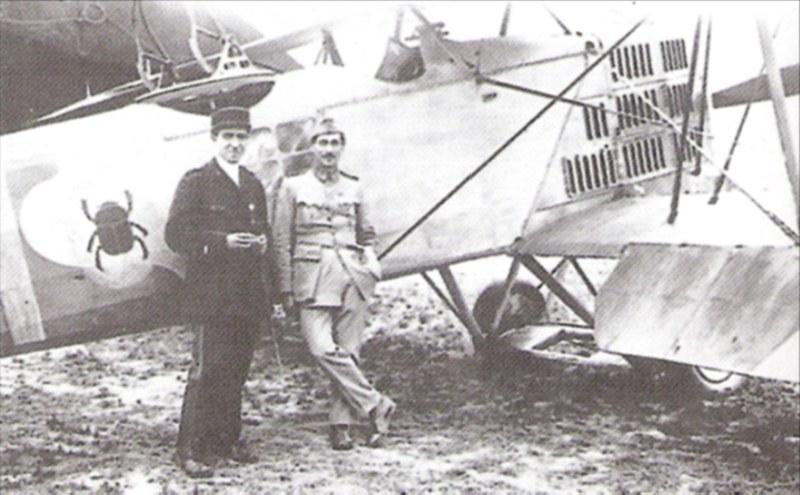 Französischer Flugsimulator 1918 - Diorama Maßstab 1:16 Pilote13